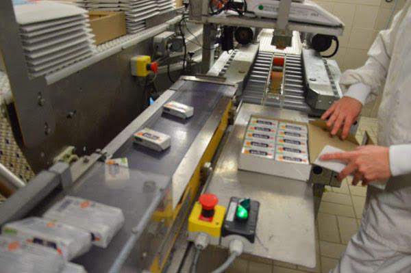 エシレバター製造工程6梱包
