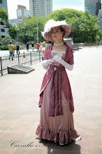 Photo: Vestido Eduardiano rosa com toque de orientalismo em musseline sanjan rosa antigo e rosa claro.  Site: http://www.josetteblanchard.com/  Facebook: https://www.facebook.com/JosetteBlanchardCorsets/  Email: josetteblanchardcorsets@gmail.com josetteblanchardcorsets@hotmail.com