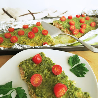 Pesto Baked Salmon (Low Carb, Gluten-free)