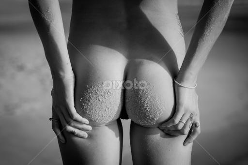 beach bums nude