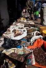 Photo: Market of everything in Manzini-Swaziland / Trh všeho možného v Manzini-Swaziland