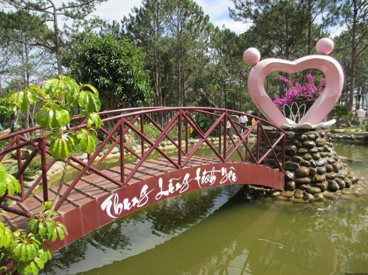 Những địa điểm tham quan, du lịch nổi tiếng ở Đà Lạt dịp Tết