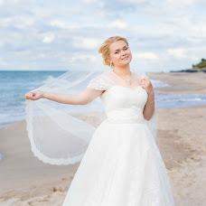 Wedding photographer Darya Kaveshnikova (DKav). Photo of 17.09.2015