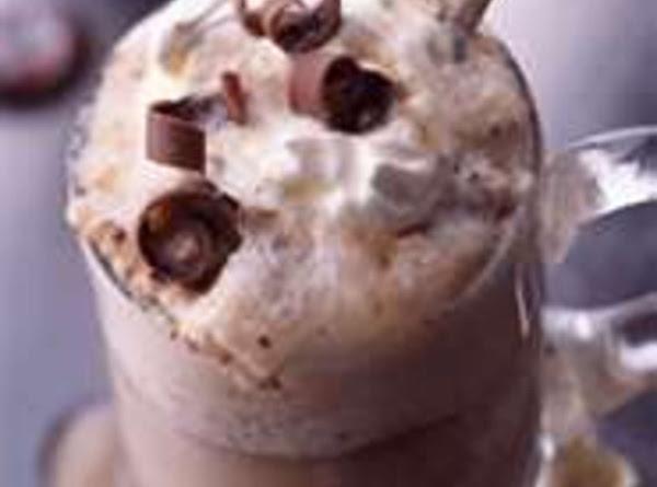 Vanilla Chocolate Chip Root Beer Float Recipe