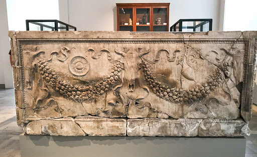 garland-sarcophagus.jpg - This marble Roman garland sarcophagus dates to 40 A.D.