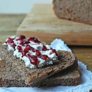 100% Wholegrain Wheat Bread