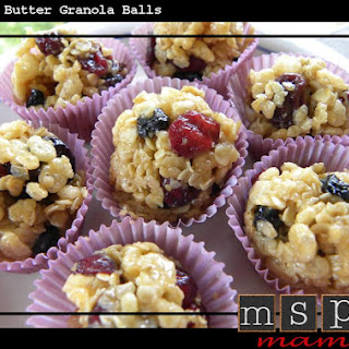 Peanut Butter Granola Balls