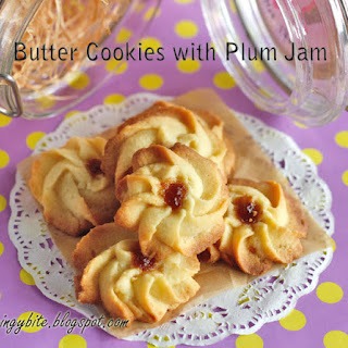 Butter Cookies with Plum Jam
