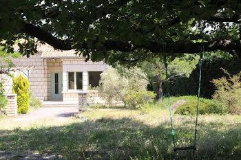 villa à Ménerbes (84)