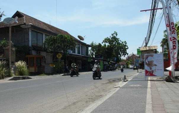 Jalan-Danau-Poso