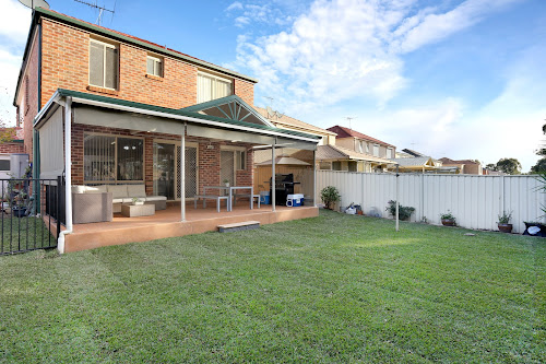 Photo of property at 33 Tomko Grove, Parklea 2768