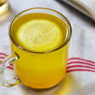 Morning Detox Turmeric Tea.