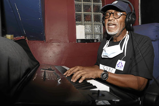 Sipho Mabuse reworks his 1980s megahit Burn Out in the studio./Veli Nhlapo