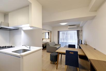 Hakozaki Serviced Apartments, Chiyoda