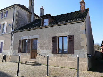 maison à Luthenay-Uxeloup (58)