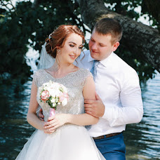 Wedding photographer Rita Triumf (margaritarezinko). Photo of 05.10.2016