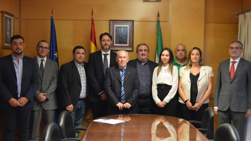 La nueva Junta Directiva del Colegio Oficial de Ingenieros Técnicos Industriales de Almería.