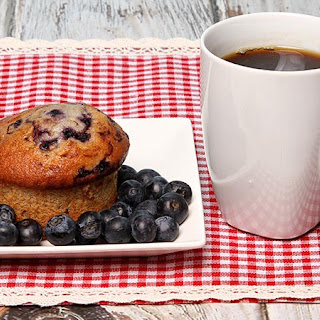 Lemon Blueberry Surprise Muffins Low-Carb
