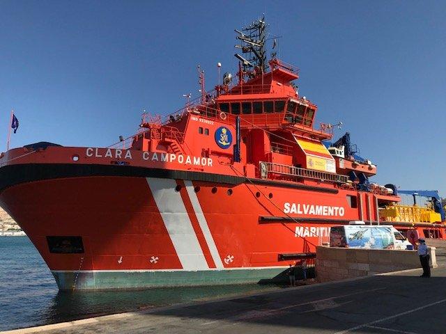 El buque Clara Campoamor de Salvamento Marítimo.