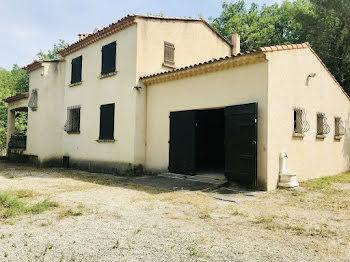 maison à Artigues (83)