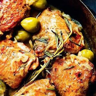 Chicken with Spanish Olives (Pollo Con Salsa De Aceitunas EspañOlas) Recipe