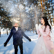 Wedding photographer Denis Cyganov (Denis13). Photo of 20.03.2017
