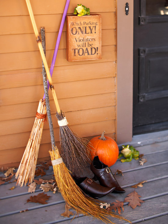Make DIY Witch Brooms As Halloween Decoration Ideas