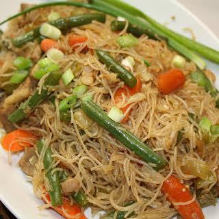 How to make Pancit Bihon Guisado, Filipino Rice Noodles with Vegetables.