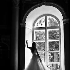 Wedding photographer Andrey Kolomiec (vedmedik). Photo of 12.03.2013
