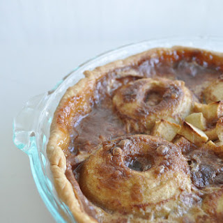 Ring Apple Pie