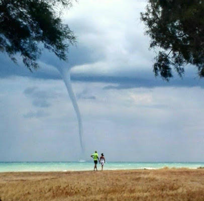 Passeggiando con l'uragano di Giulep77