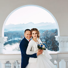 Wedding photographer Elena Strela (arrow). Photo of 13.02.2018