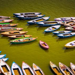 Floaters All by Avanish Dureha - Transportation Boats ( varansi, kashi, dureha@gmail.com, incredible india, banaras, avanish dureha )