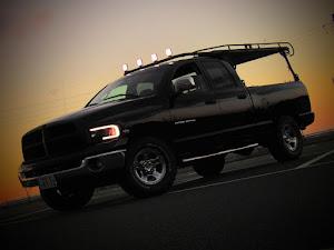 ラム トラック  SLT V8HEMIのカスタム事例画像 吉田重工業さんの2020年11月28日18:22の投稿