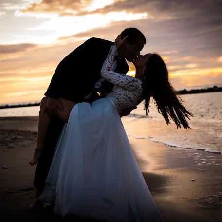 Wedding photographer Marcin Lupke (MarcinLupke). Photo of 17.02.2018