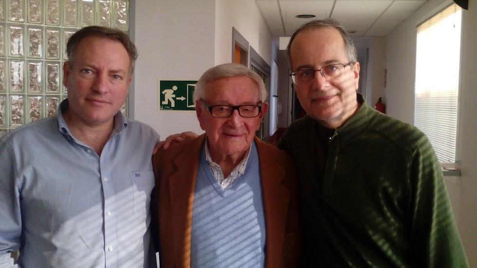Pedro Pastor con Manuel León y Tony Fernández en LA VOZ DE ALMERÍA.