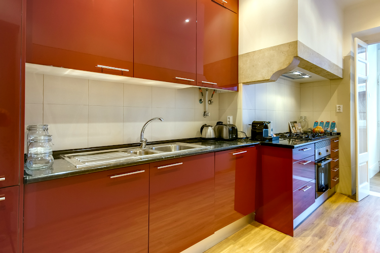 Full kitchen at Santa Marta 53