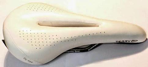 Photo: Terry Fly RSR, 145x280, gelis, skylej nuimamas tinklelis nuo purvo, konstrukcija su papildoma amortizacija, karbono begiai, pakankamai siauras sportiniam vaziavimui, 75e