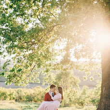 Wedding photographer Sergey Petkoglo (clicklovemd). Photo of 20.05.2017