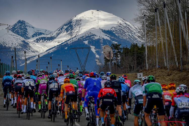 """Opnieuw aankomst van een wielerwedstrijd bekritiseerd: """"De hele tijd geparkeerde wagens in finale van 'sprintersrit'"""""""