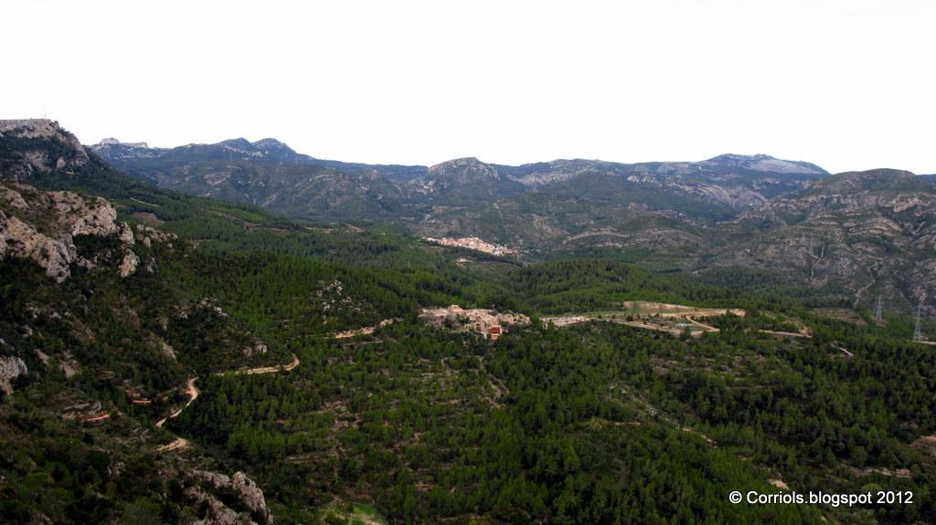 Photo: Castelló i Vandellòs des del Coll de la Creu