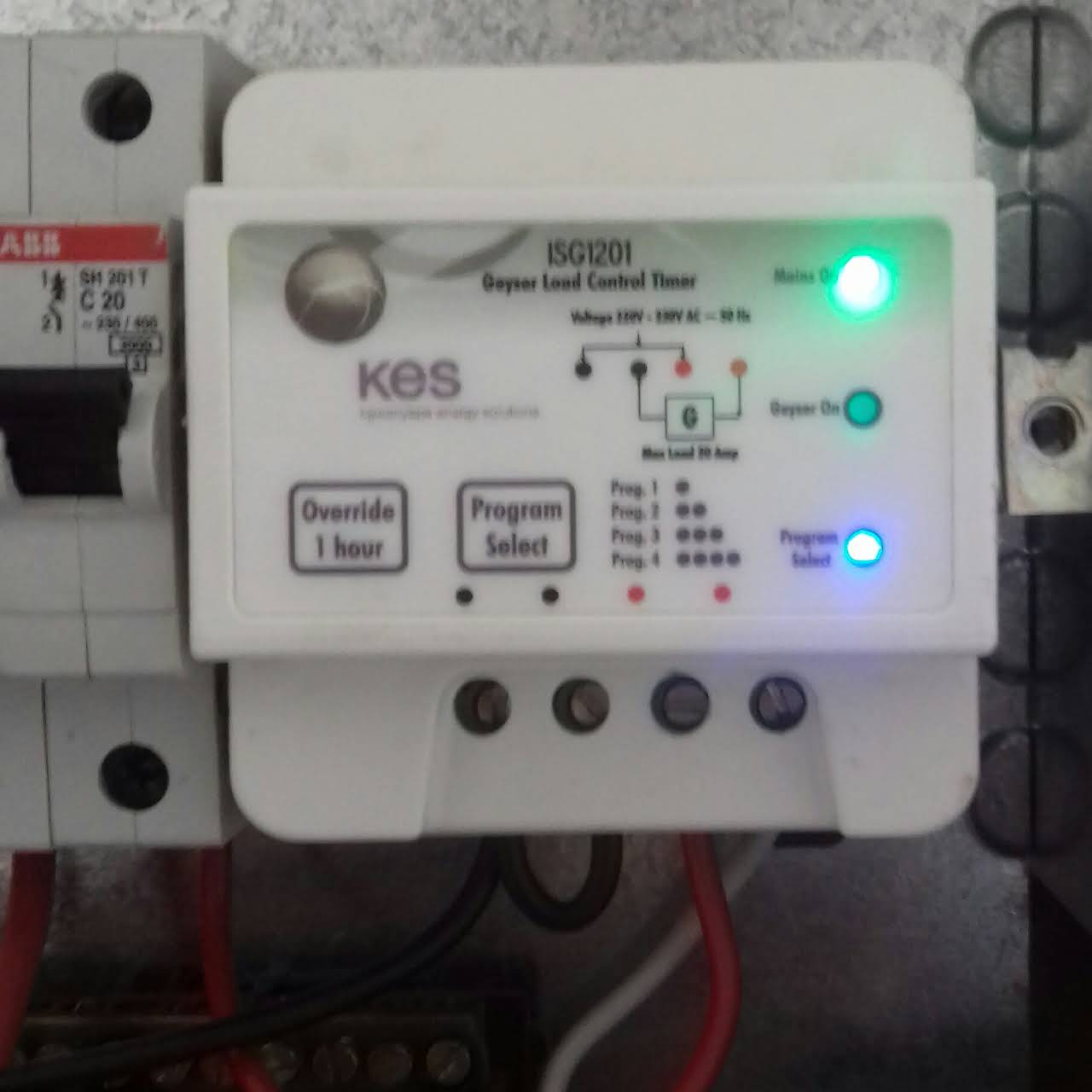 W Reliable Plumbers Electricians Pretoria East Call For A Circuit Breakers Image 3 Posted On 07 Dec 2018