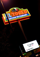 Photo: Cheap lunch with 2for1 margaritas! #signsunday