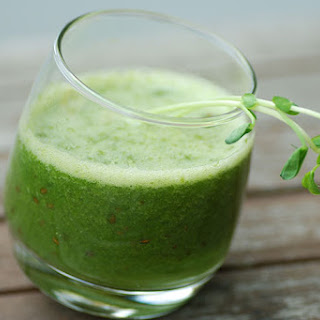 1-Day Cleanse Glowing Green Smoothie