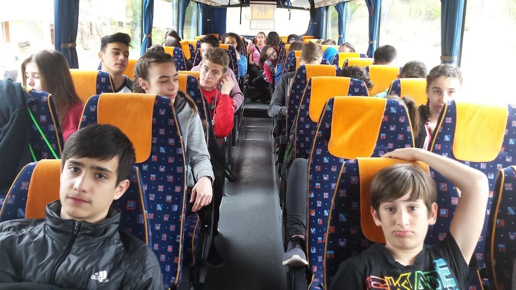 A l'autobús, de tornada
