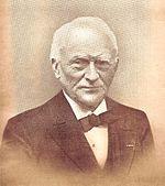 Foto: Willem Hovy (Beverwijk, 17 juli 1840 - Zeist, 27 februari 1915) was een Nederlands ondernemer. Als vriend van Abraham Kuyper speelde hij een vooraanstaande rol in de sociaal-christelijke politiek van zijn tijd.
