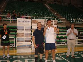 Photo: Juan Carlos Domínguez recibe el Trofeo de Subcampeón, entregado por José Manuel Méndez, responsable del patrocinador Infraex 2000 S.L.