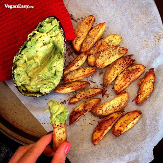 Baked Potato Chippies With Avocado