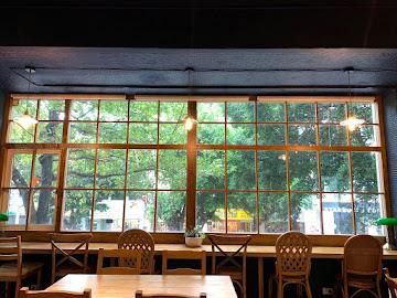 窗邊Cafe