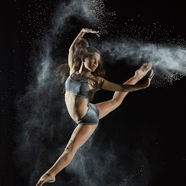 Powder Paige by William Kendzierski - People Portraits of Women ( dancers, high speed photography, modeling, acrobat, dancer )
